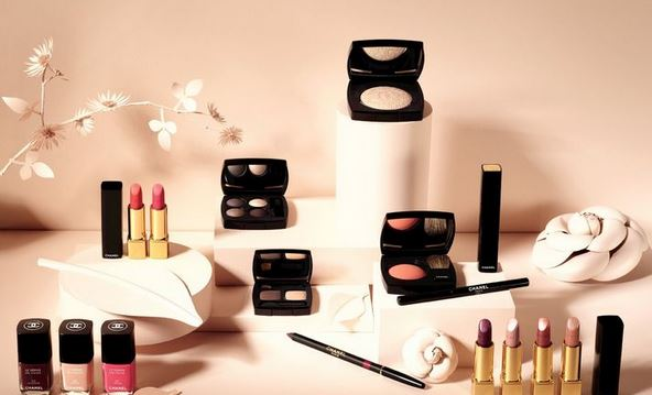Top 5 Tips to Become a Cosmetic Distributor