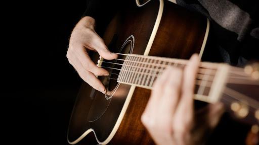 best guitar brand