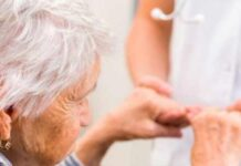 8 Signs You Should Consider Assisted Living Facilities